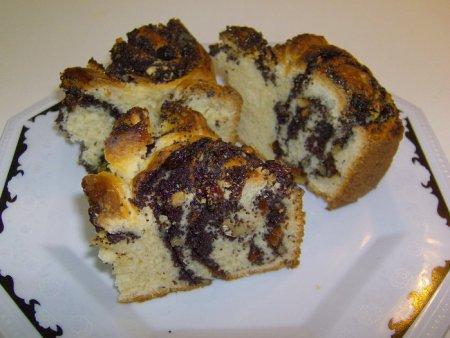 Пирог из пирожков с маком