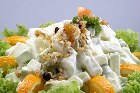 Рецепт Салат с ананасом апельсинами и ветчиной