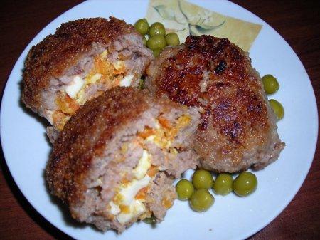 Рецепт Зразы с яйцом и морковкой