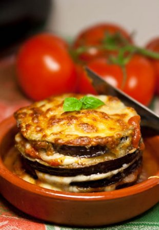 Рецепт Баклажановые башни запеченные с сыром.