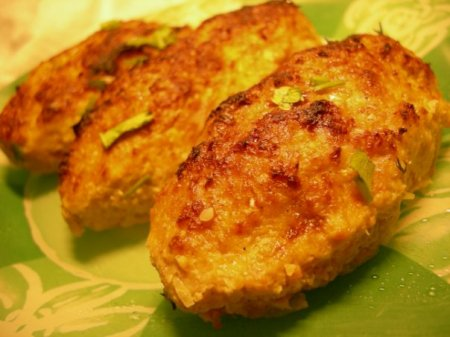 Рецепт Рецепт куриных котлет с зеленью и сыром