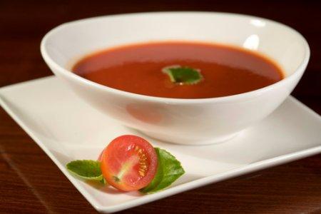 Томатный суп c фрикадельками, приготовление