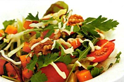"""Как готовится салат """"Витаминный"""""""