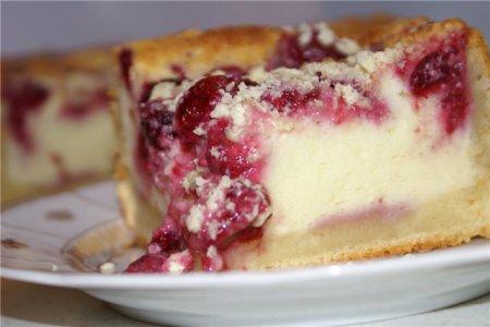 Рецепт Рецепт. Пирог с малиной и творогом