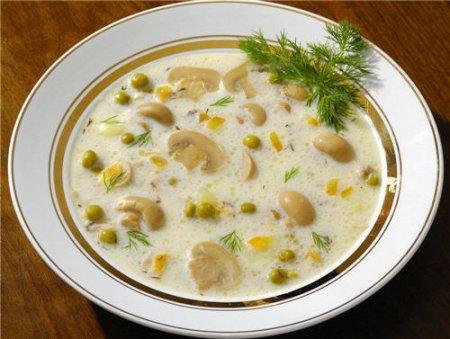 Рецепт Рецепт сырного супа-жульена с курицей и шампиньонами