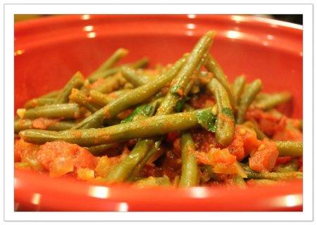 Рецепт Как приготовить спаржевую фасоль на томатном соусе
