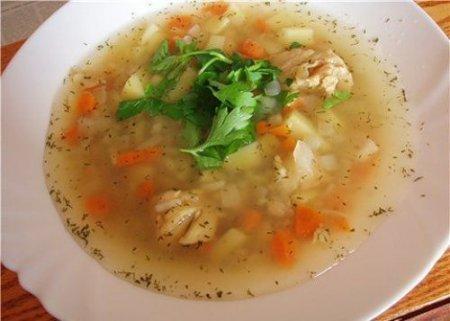 Рецепт Готовим суп с рыбными консервами