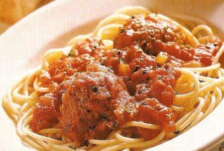 Рецепт Готовим соус для спагетти