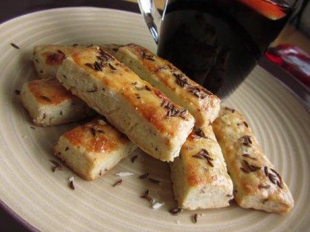Рецепт Вкусные соленые палочки с тмином, простой рецепт