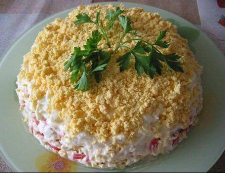 Рецепт Салат из крабовых палочек с картофелем и морковью