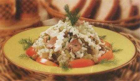Рецепт Салат из печени трески с рисом