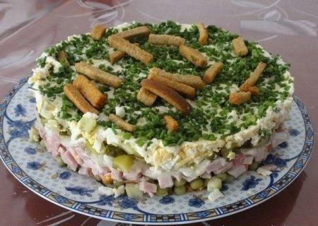 """Рецепт Салат """"На траве дрова"""""""