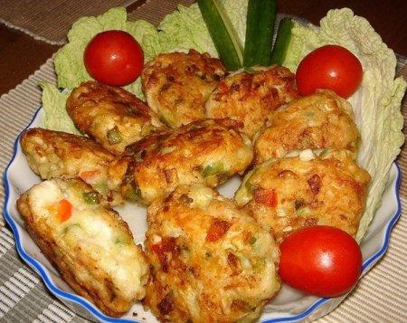 Рецепт Котлеты из куриного филе с овощами и сыром