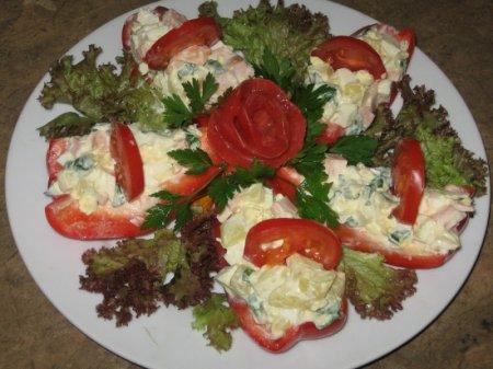 """Рецепт Салат """"Красные лодочки"""""""