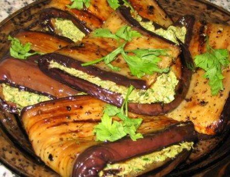 Баклажаны с ореховой начинкой