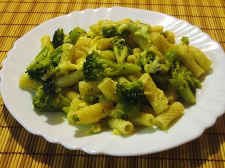 Рецепт Макароны с капустой брокколи