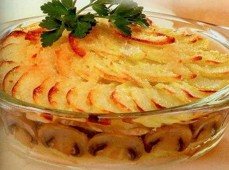 Сливочно-сырная запеканка с грибами и картошкой