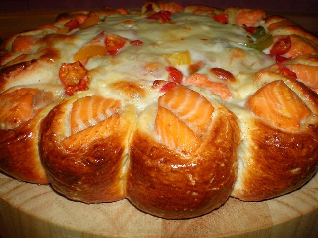 Пирог с рыбой красивый рецепт