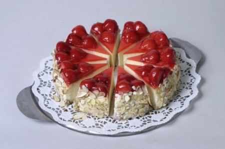 Рецепт Клубничный торт с сыром