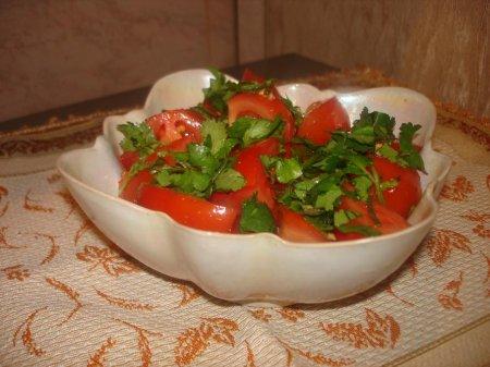 Рецепт Салат из помидоров с кинзой