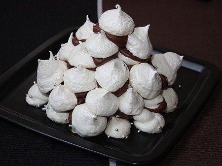 Рецепт Торт из безе с шоколадным кремом