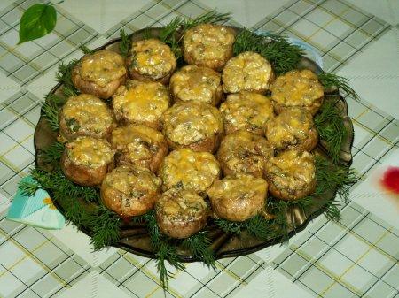 Рецепт Фаршированные шампиньоны с сыром