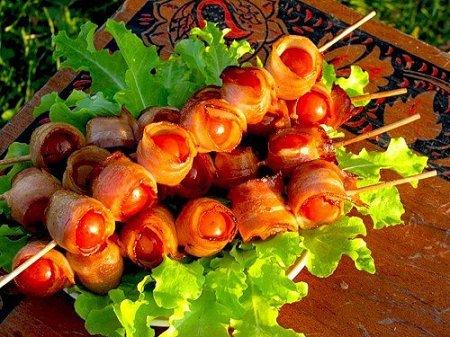 Рецепт Закуска «Шашлычок из помидоров в беконе»