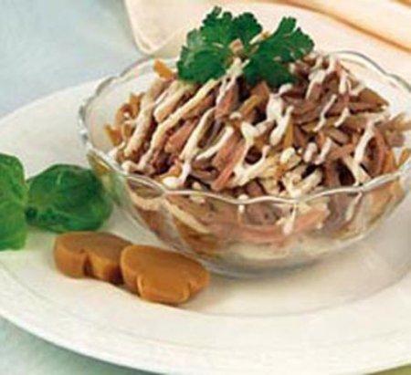 Рецепт Дамский салат с говяжьим языком