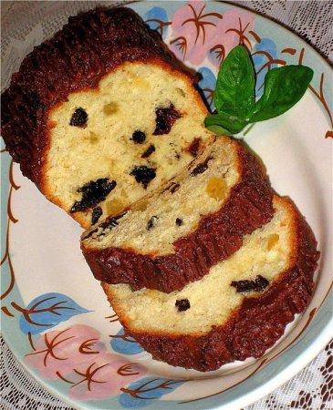 Рецепт Кекс сметанный с черносливом и цукатами