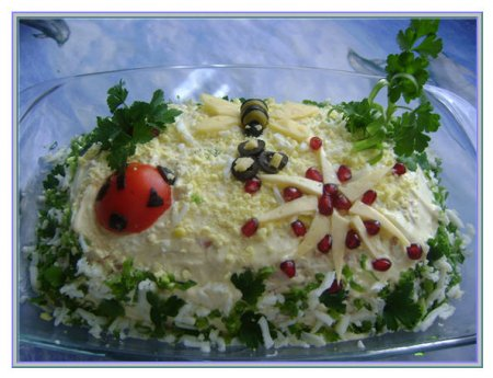 Рецепт салата с языком, грибами и ветчиной