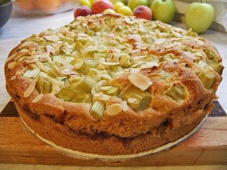 Рецепт Многослойный пирог с ревенем