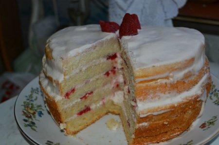 Торт шоколадное кухэ торт красный