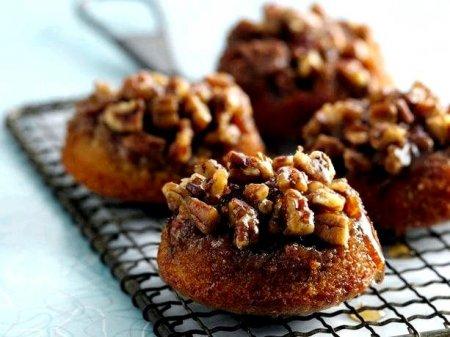 Рецепт Кексики в карамели с орехом пекан