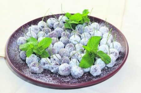 Рецепт Зимняя вишня с мятой