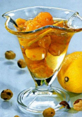 Рецепт Варенье из черешни с фундуком