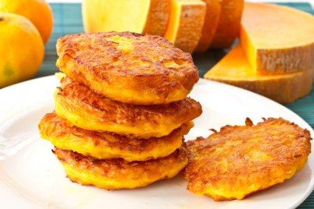 Рецепт Золотистые оладушки из картофеля и тыквы