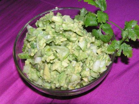 Рецепт Простой и вкусный салатик из авокадо