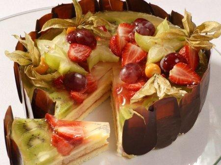 Рецепт Ягодно-фруктовый бисквит