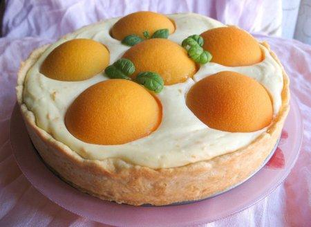 Рецепт Необыкновенно нежный, ароматный и вкусный пирог с творогом и персиками