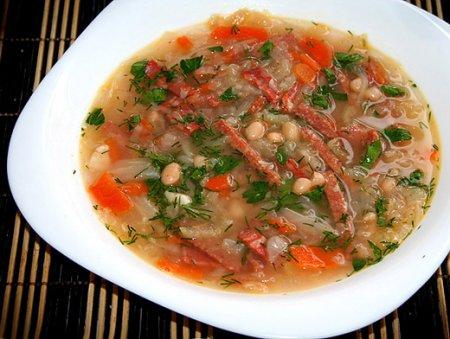 Рецепт Польский суп фасолевый с колбасой