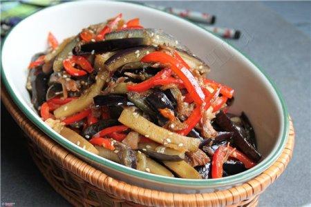 Рецепт Острый салат из баклажанов с говядиной