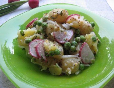 Рецепт Картофельный салат с зеленым горошком и редисом