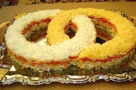"""Рецепт Салат """"Обручальные кольца"""""""
