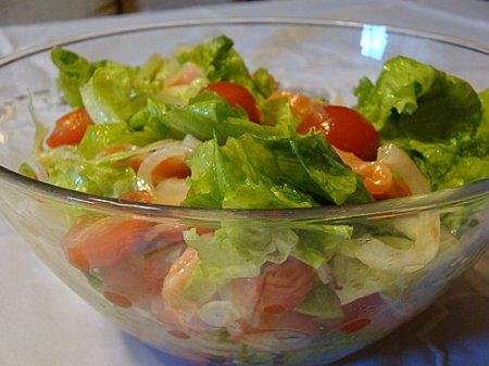 Рецепт Салат из моркови с крапивой