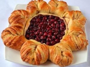 Рецепт Аппетитный вишневый пирог