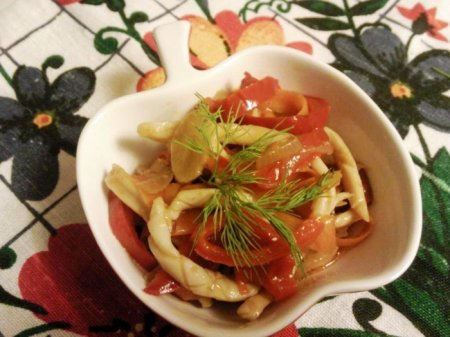 Кальмары с овощами по-корейски