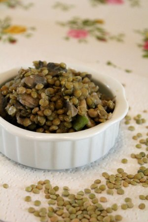 Рецепт Салат из чечевицы, грибов и перца