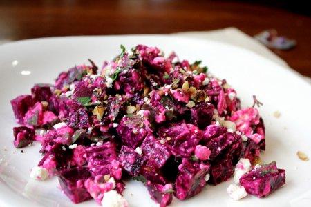 Рецепт Салат с фетой и свеклой