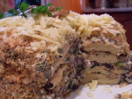 Рецепт Слоеный торт с грибным кремом