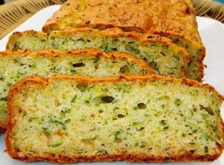 Хлеб с кабачком и зеленью